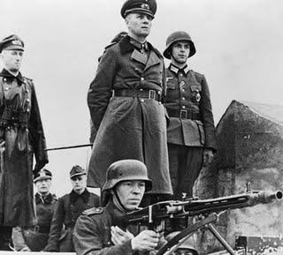 Erwin Rommel ispeziona le difese nella Francia occupata - Marzo 1944 - Jacobs-Espadon1