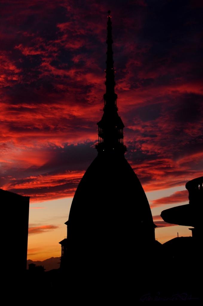 DSC_1801 tramonto infuocato
