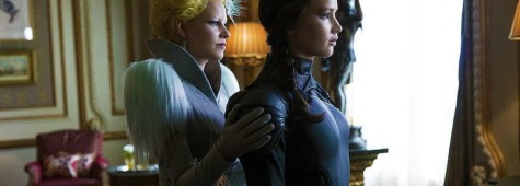 "New Photo from ""The Hunger Games: Mockingjay Part 2"" Showcases Katniss and Effie"